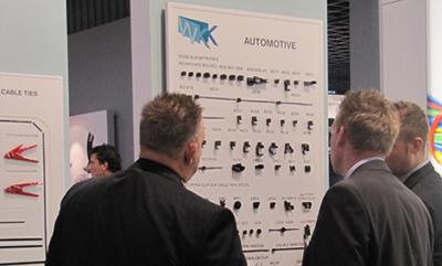 Präsentation von neuen Automotive Befestigungsmaterialien auf der Productronica 2013