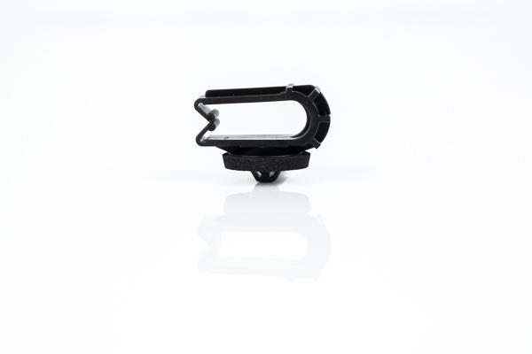 LCD3 - Befestigungsclip - WKK Automotive (2)